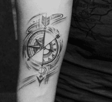 tauaż zegar