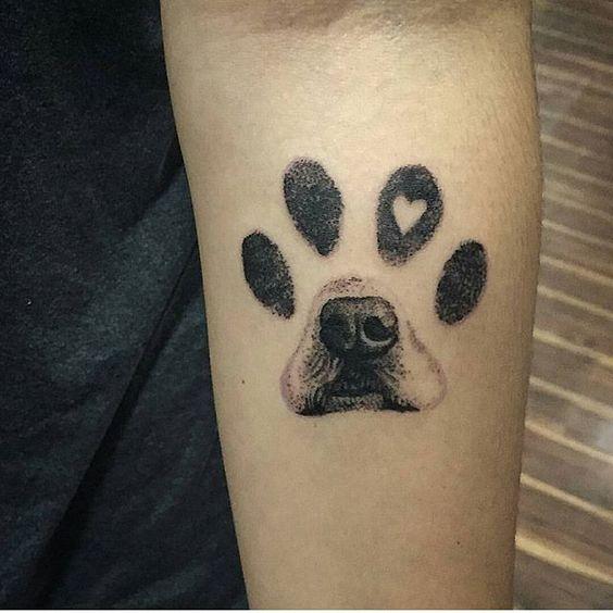 tatuaż z psem